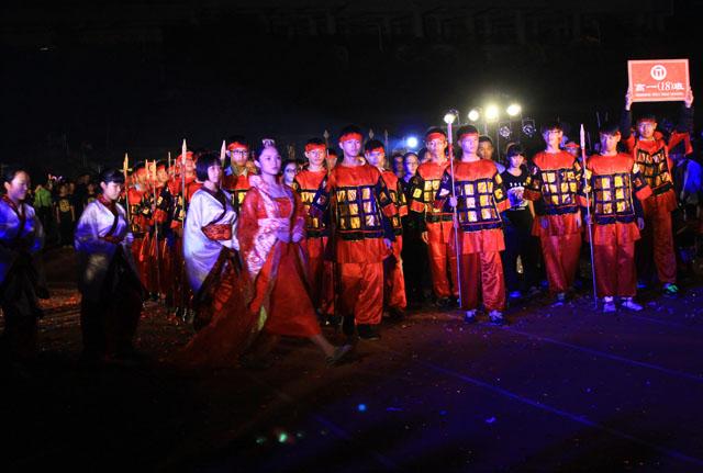 南宁二中2014年第四十三届校运会媒体链接图片